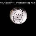 erelid-doming-op-verzilverde-pin-www.repko_.nl_